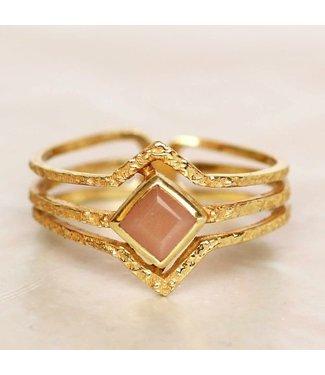 MUJA JUMA Gold Plated Ring Peach Moonstone Diamond Maat 54