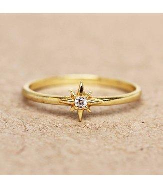 MUJA JUMA Gold Plated Ring Zirkonia Star Maat 54