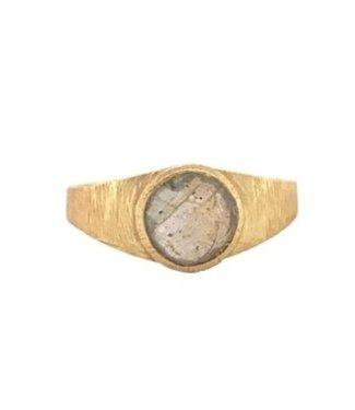 MUJA JUMA Gold Plated Ring Labradorite Signet Maat 54