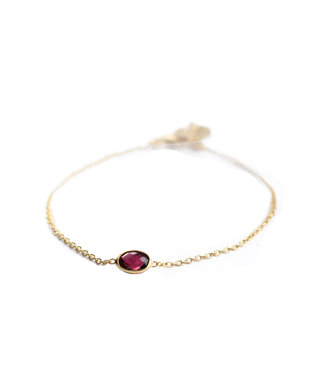 MUJA JUMA Bracelet Oval Ruby Gold Plated