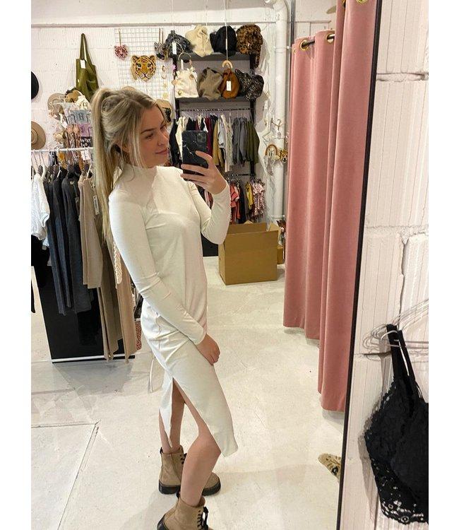 NAKD Highneck dress white