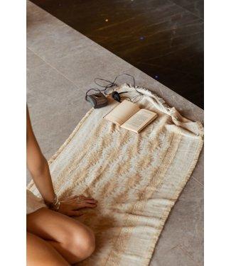 MOOST WANTED Soltura pattern scarf Beige