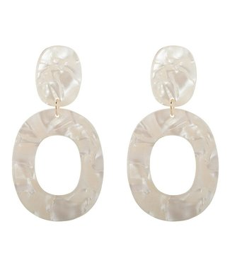 Club Manhattan Pearly white earrings