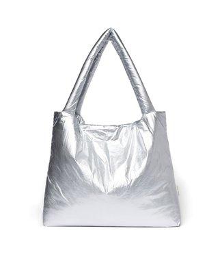 STUDIO NOOS Silver puffy mom-bag