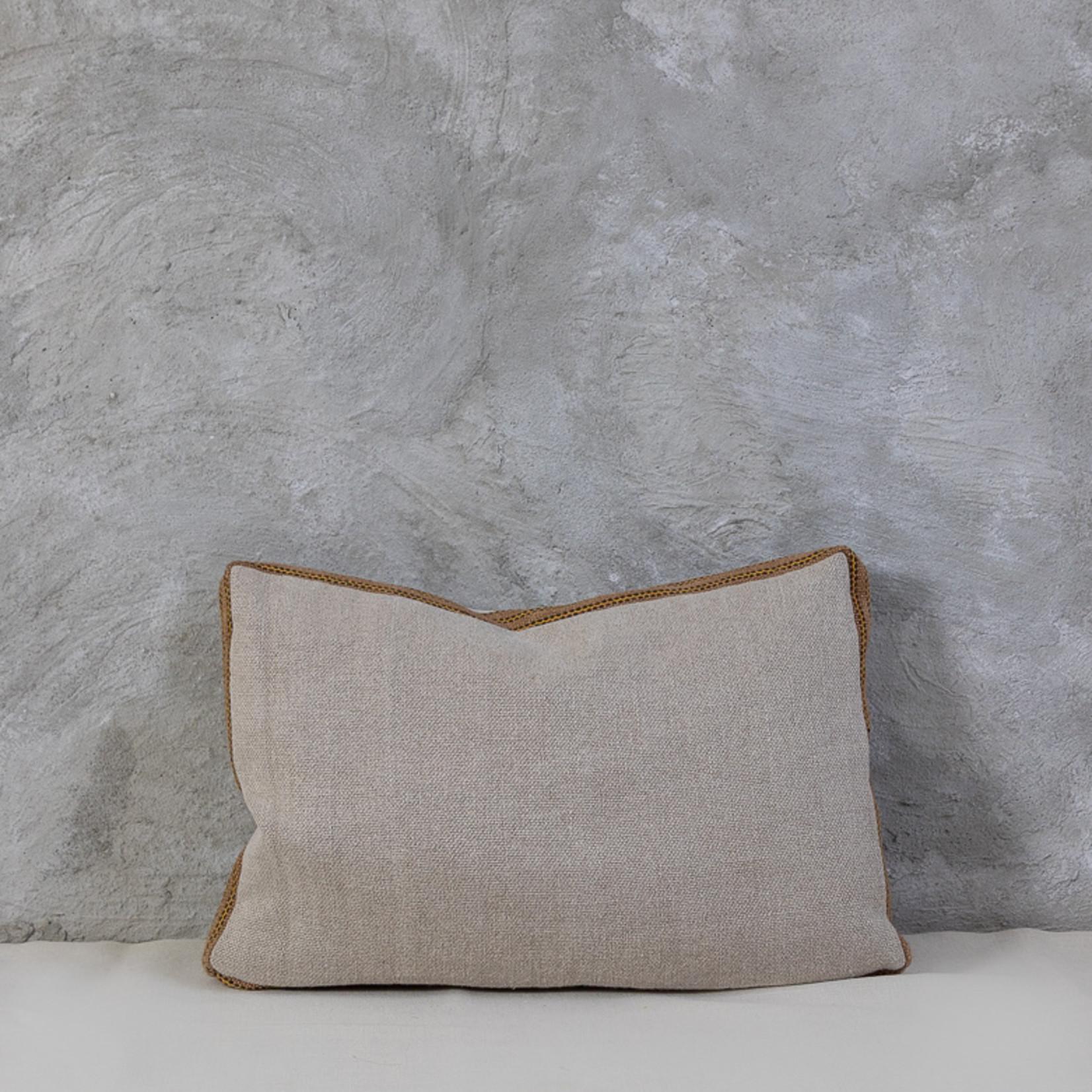 Cushion  °10