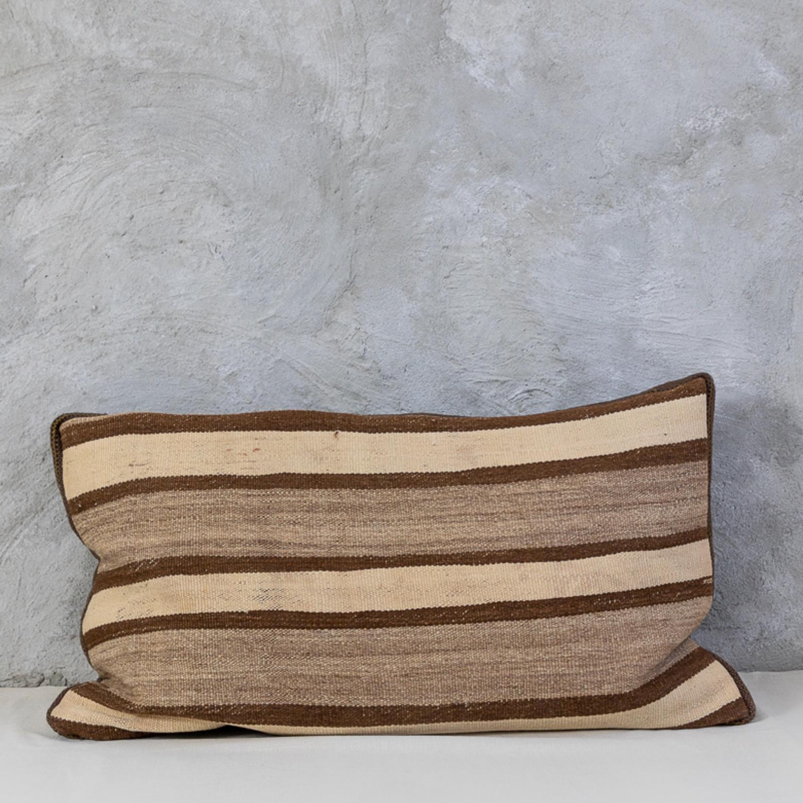 Cushion kelim XL