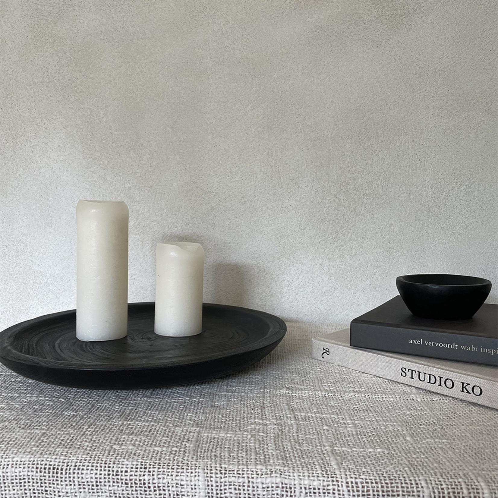 Plate black