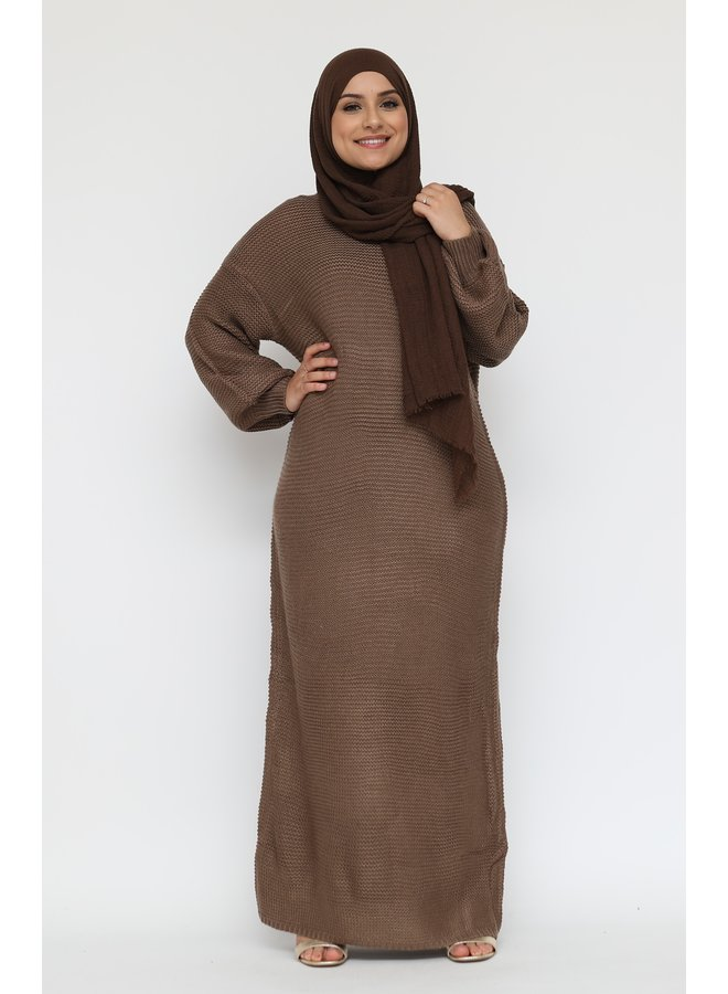 Long sweater dress with puffed sleeve -brown