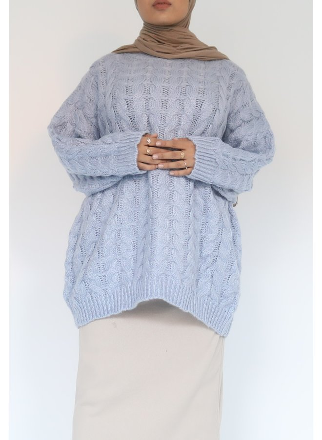 Short cable pattern sweater - blue