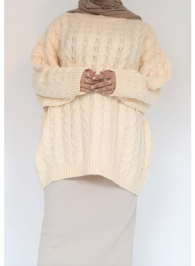 Short cable pattern sweater - creme