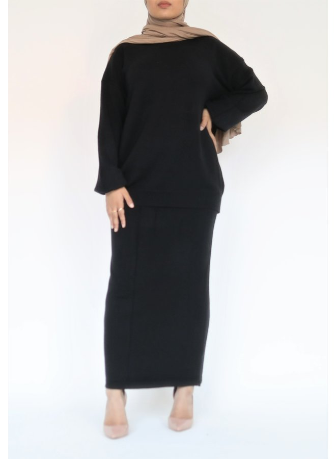 Twinset with skirt - black