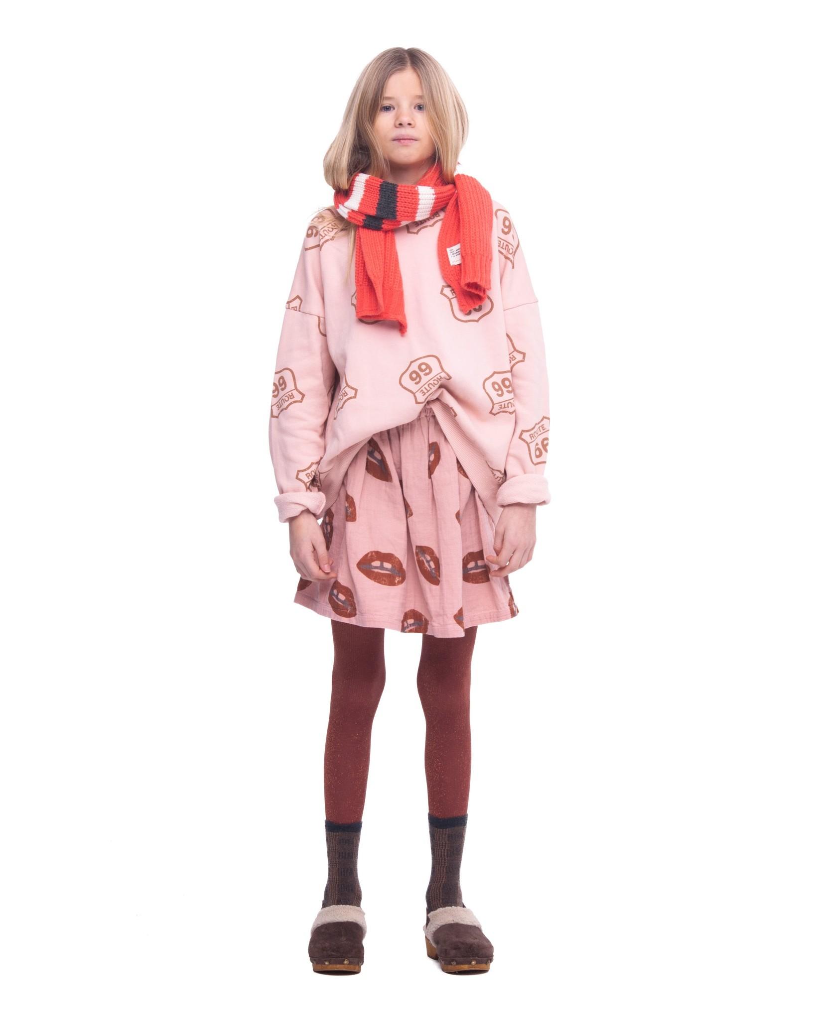 Short Skirt pink lips-2