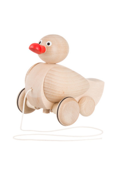 Pull figure duck with moving wings