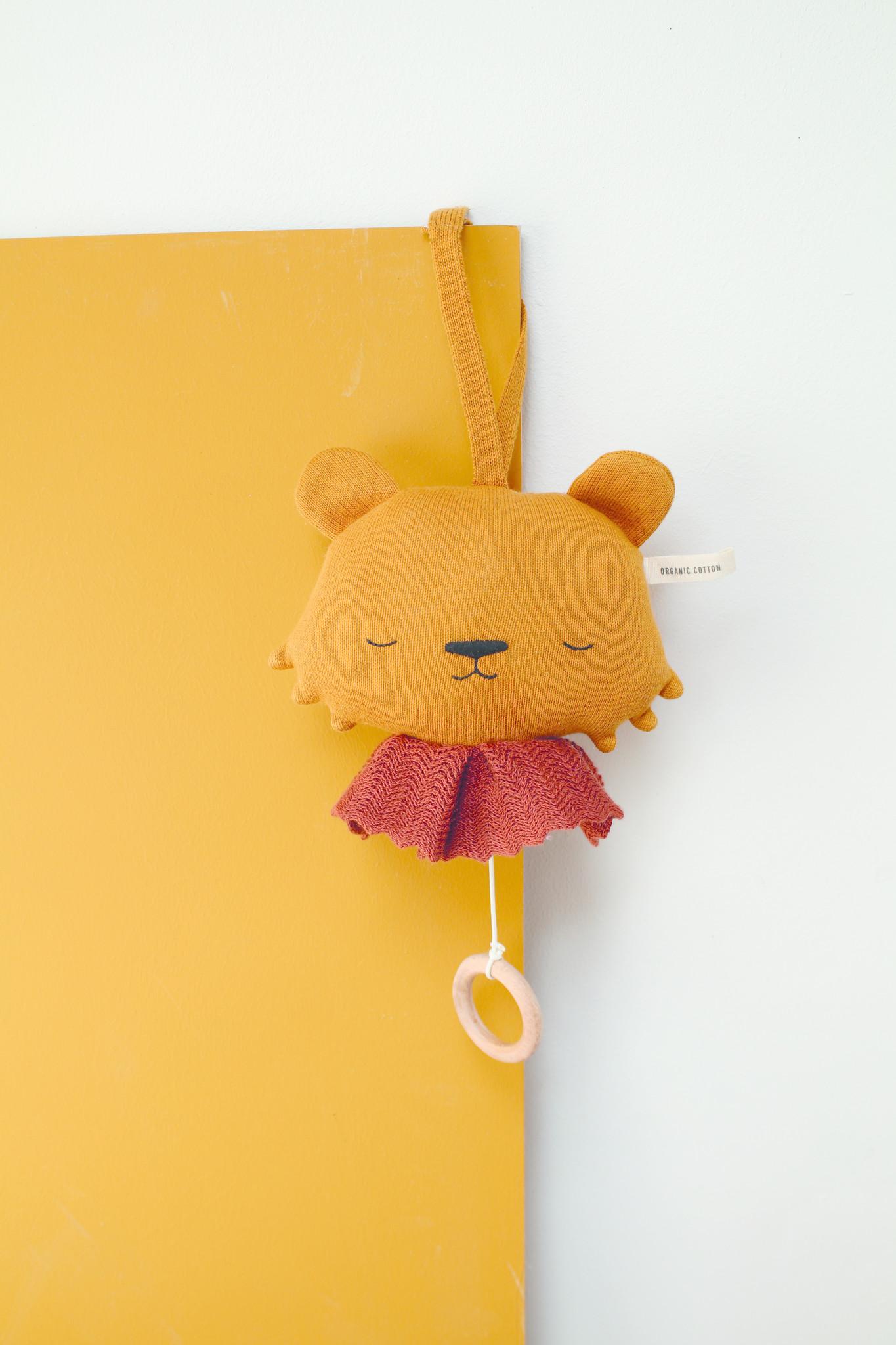 Music Box Lion-3