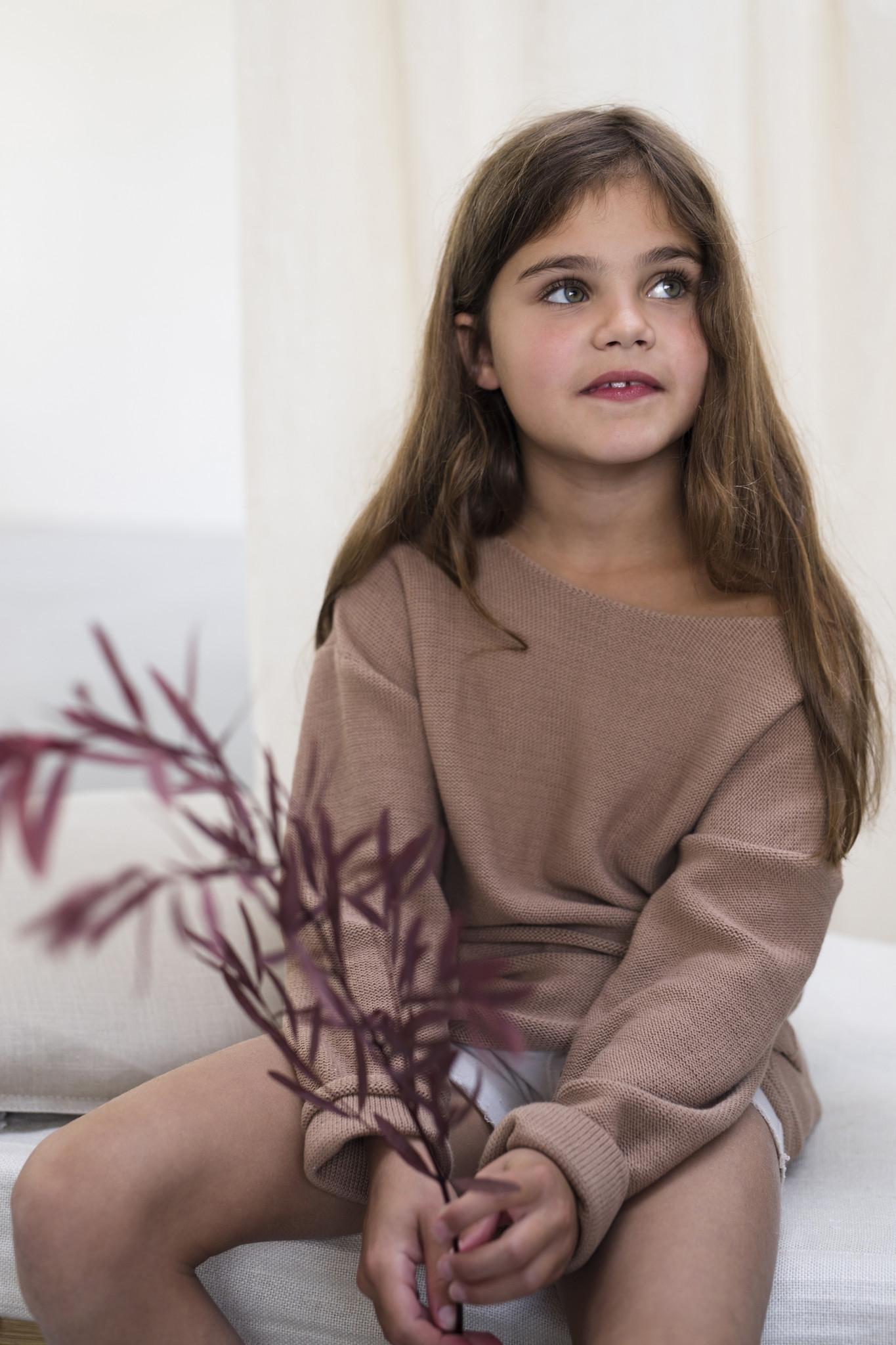 Drop-shoulder knit sweater - Dusty nude-2