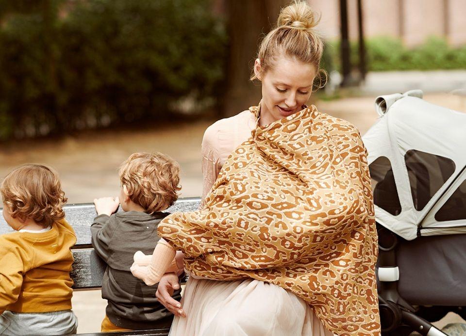 Breastfeeding scarf Pebble-1