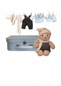 Morris met kleding in koffer-2