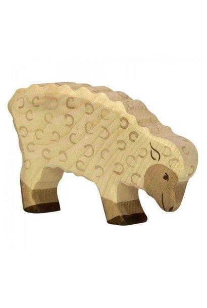 Wooden sheep - feeding