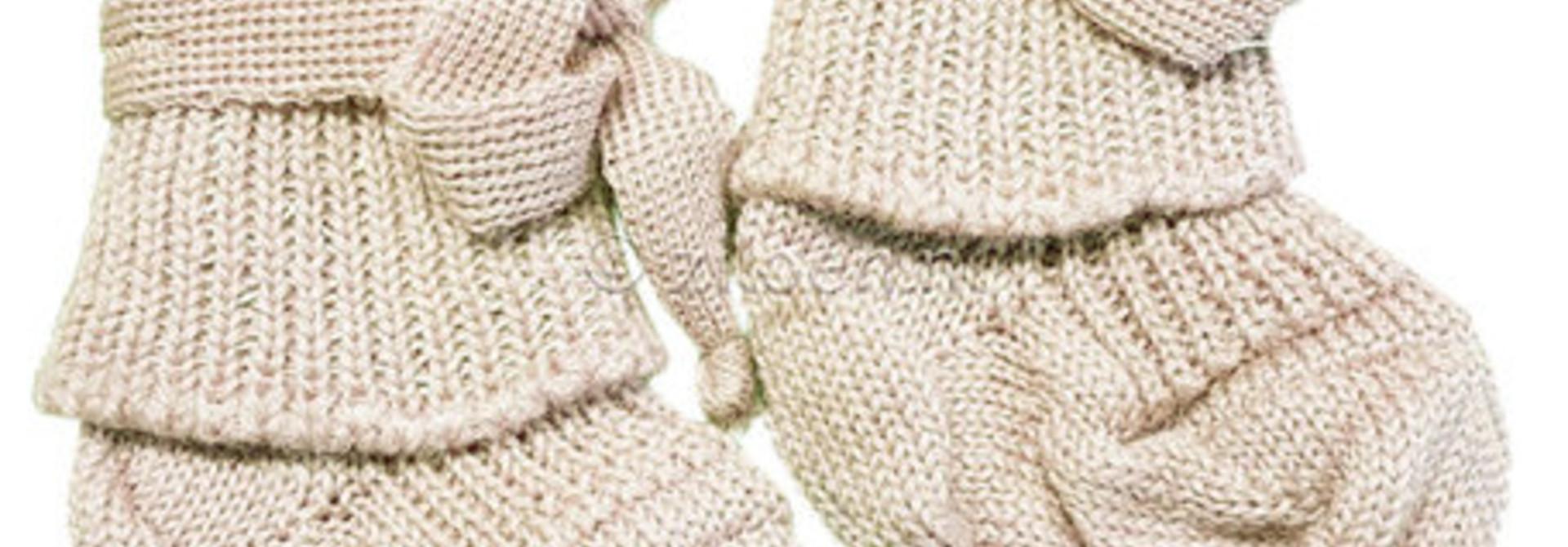Woolen newborn socks