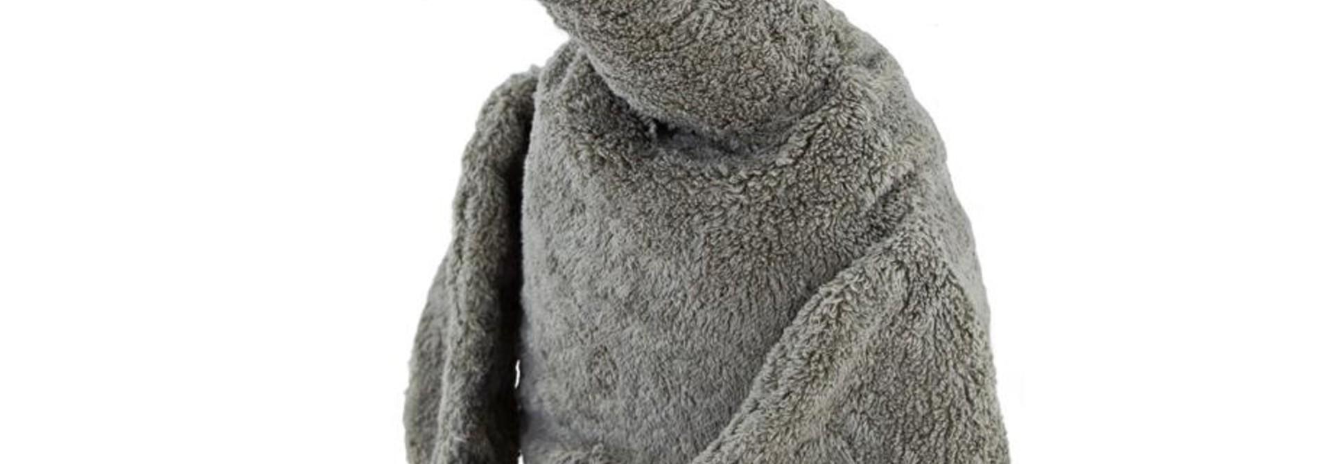 Cuddly animal Grey Goose large