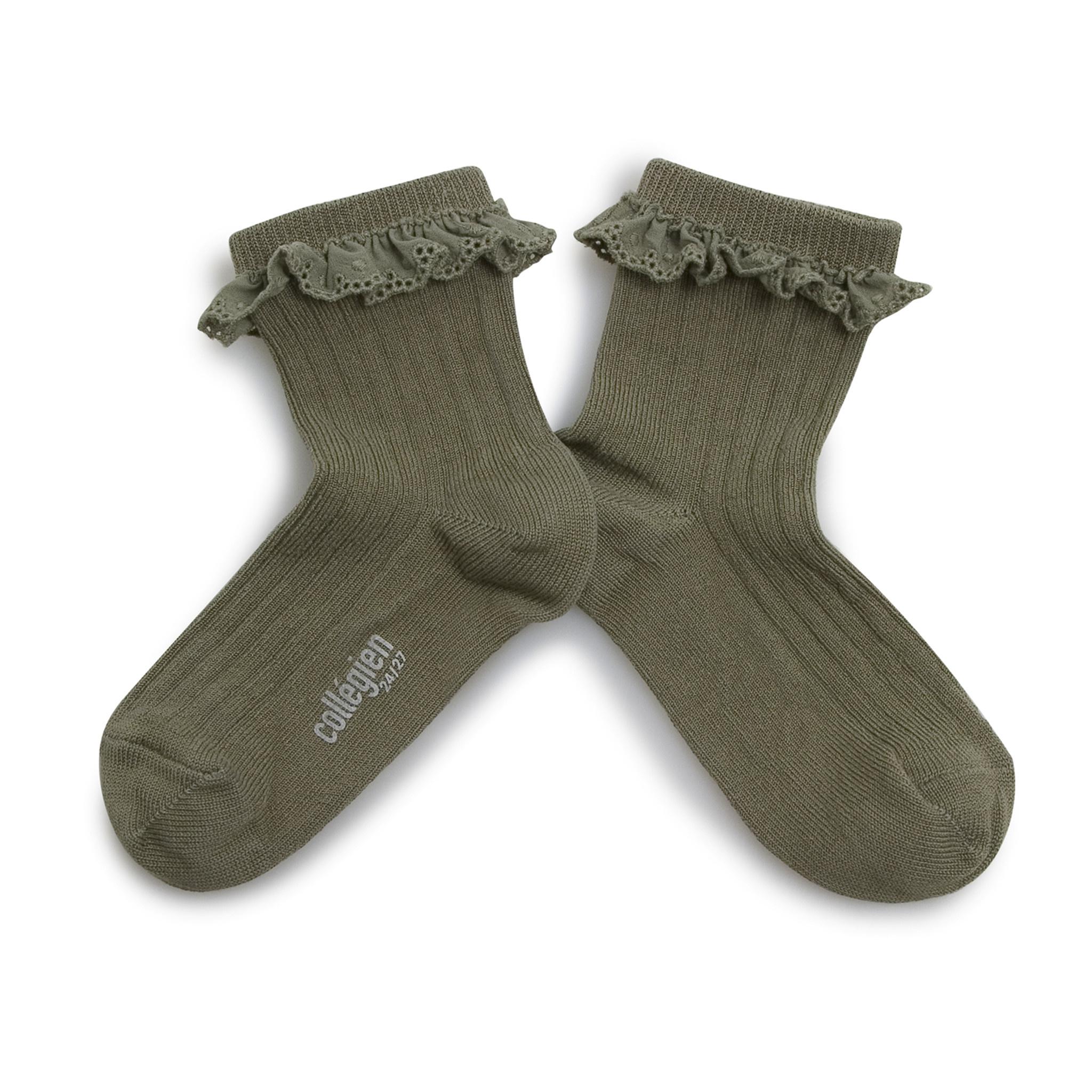 Broderie socks 'Pauline' Sauge-1
