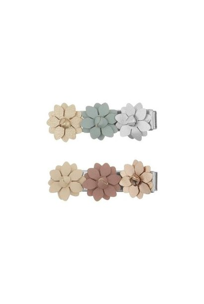 Bloom floral clips