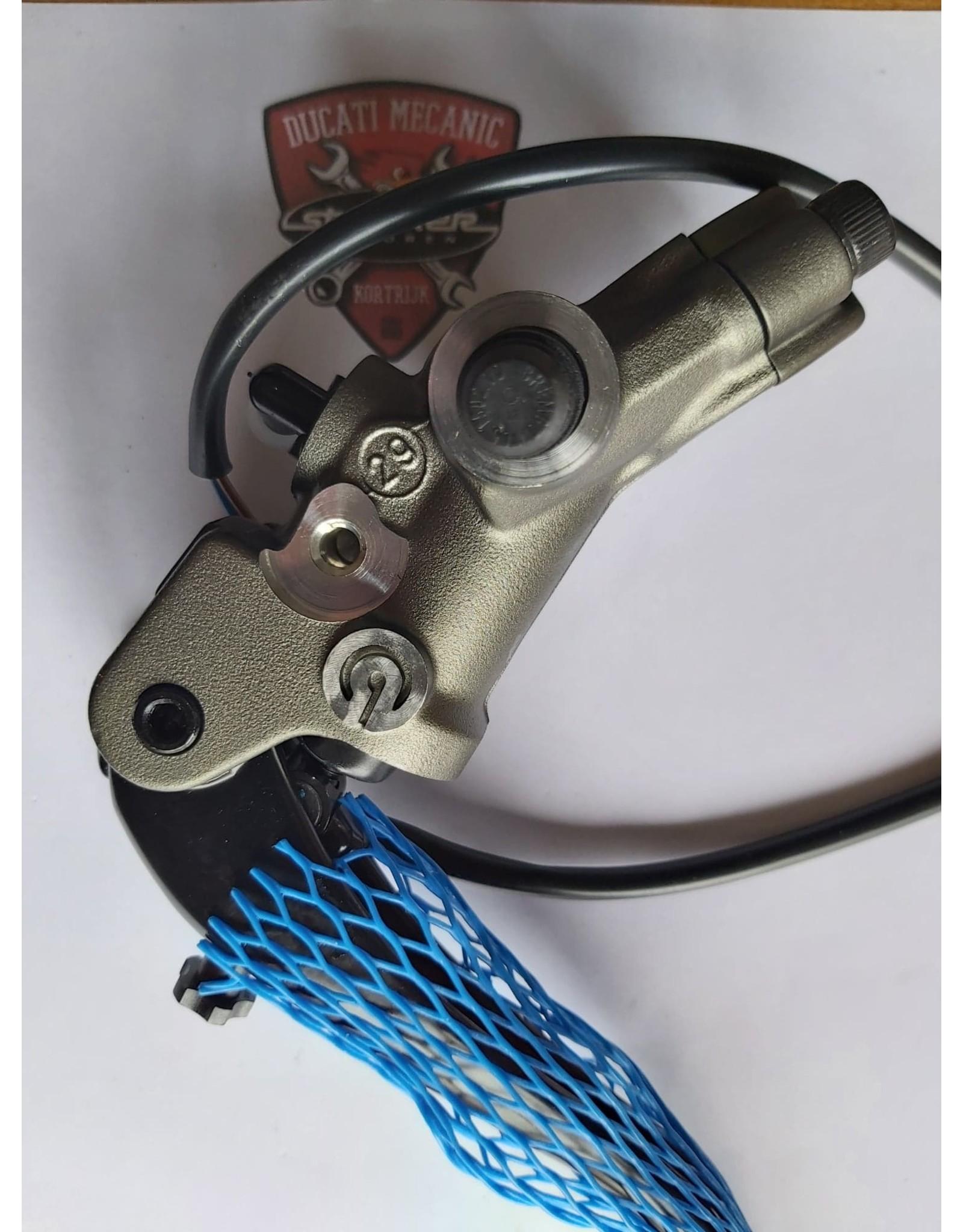 Ducati DUCATI CLUTCH MASTER CYLINDER 63040553A