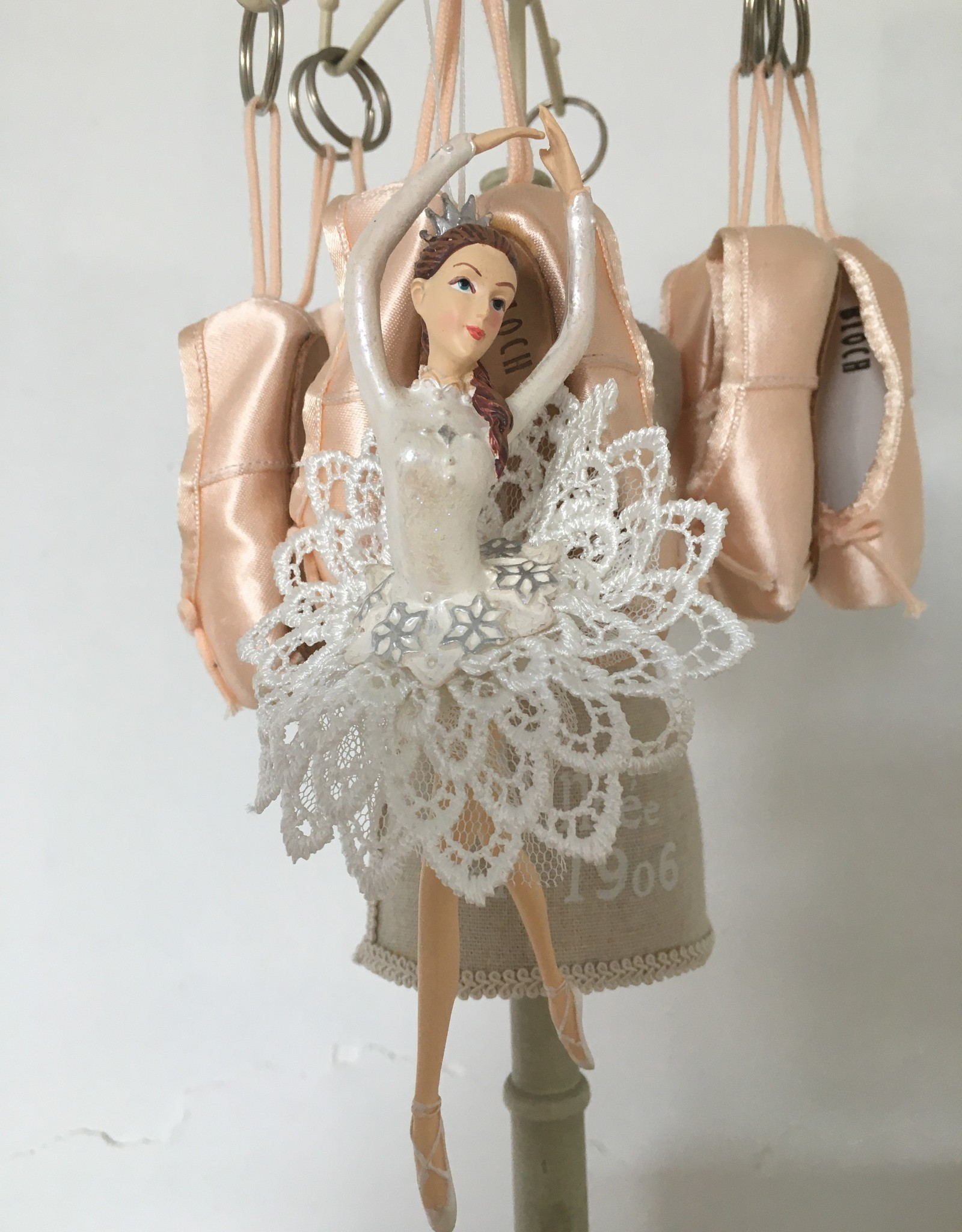 Goodwill Goodwill porseleinen ballerina hanger tutu wit