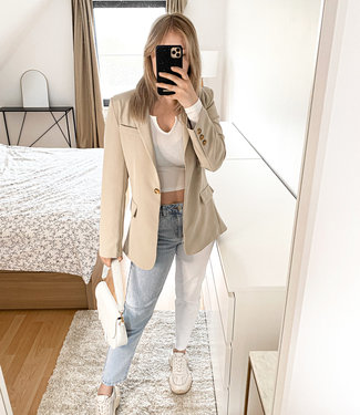 Blue & white mom jeans