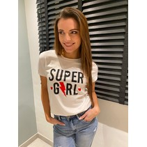 T-SHIRT WIT SUPER GIRL