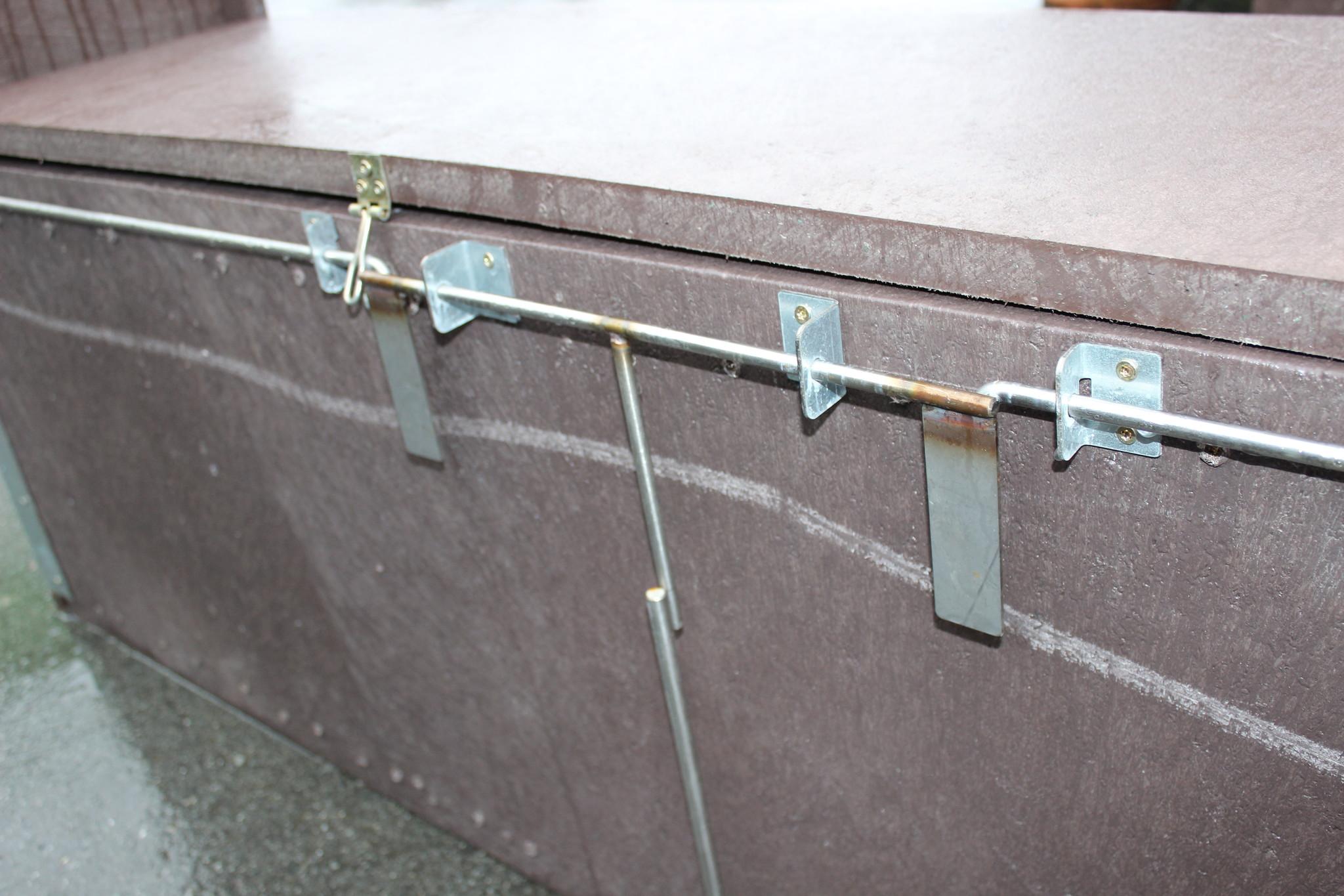 "Kastenfalle nach Hembes Modell ""Trapper-Box"" aus Recyclingkunststoffplatten"