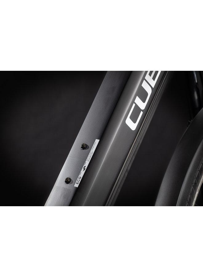 Cube Touring Hybrid Pro 625 2021 black'n'white