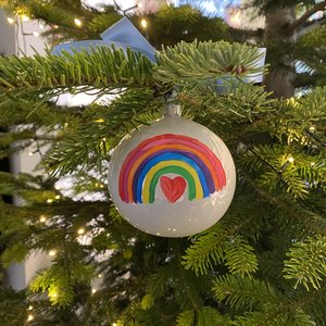 christmas bauble shiny 10 cm