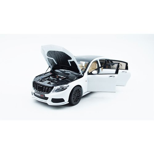 Almost Real Almost Real Mercedes-Benz Maybach Brabus S600 Wit 1:18