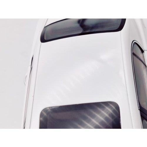 Minichamps Minichamps Bentley Continental Flying Spur 2005 Bianco 1:18