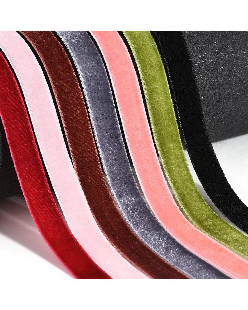 Fashion Favorite Velvet Choker Ketting | Set van 7 stuks | 30 + 7 cm