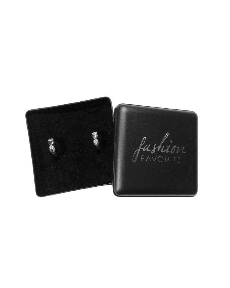 Fashion Favorite Zilveren Zirkonia Love ❤ Oorbellen   Klapoorringen   10 mm x 3,5 mm   Scharniersluiting