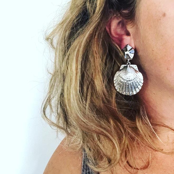 Sea Shell Oorhangers   Zilverkleurig   Schelp Oorbellen