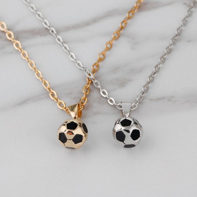 Fashion Favorite Ketting met Voetbal Hanger - Zilverkleurig - 45 + 5 cm