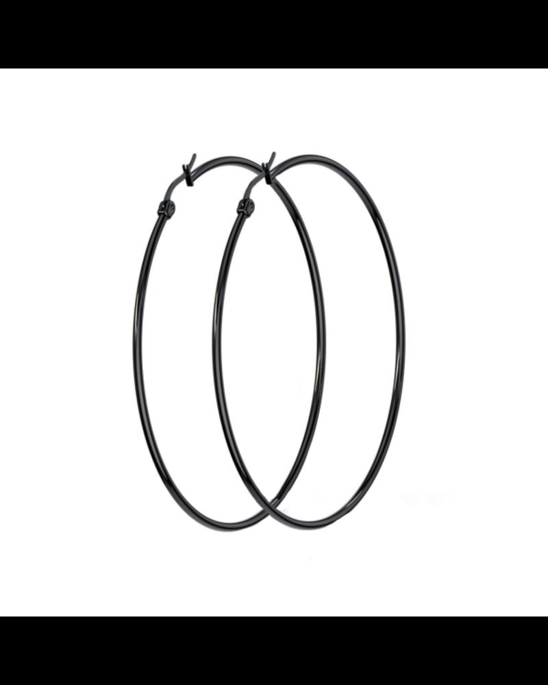 Fashion Favorite Deze oorringen zijn weer terug van weggeweest! Combineer ze met een leuke jeans en je bent helemaal klaar om te gaan. De oorringen zijn beschikbaar in 4 verschillende kleuren en 2 verschillende formaten.  Lengte oorbel: 60mm Gewicht: 6g Geleverd in luxe g
