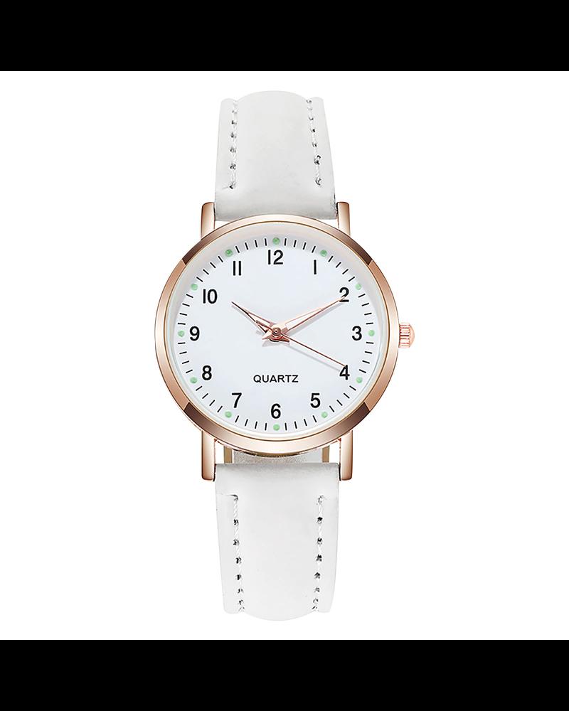 Fashion Favorite Doukou White Horloge | Suedine - Kunstleer | Wit | Ø 32,5 mm