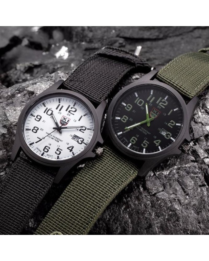 Fashion Favorite New Military Horloge | Zwart/Wit | Nylon