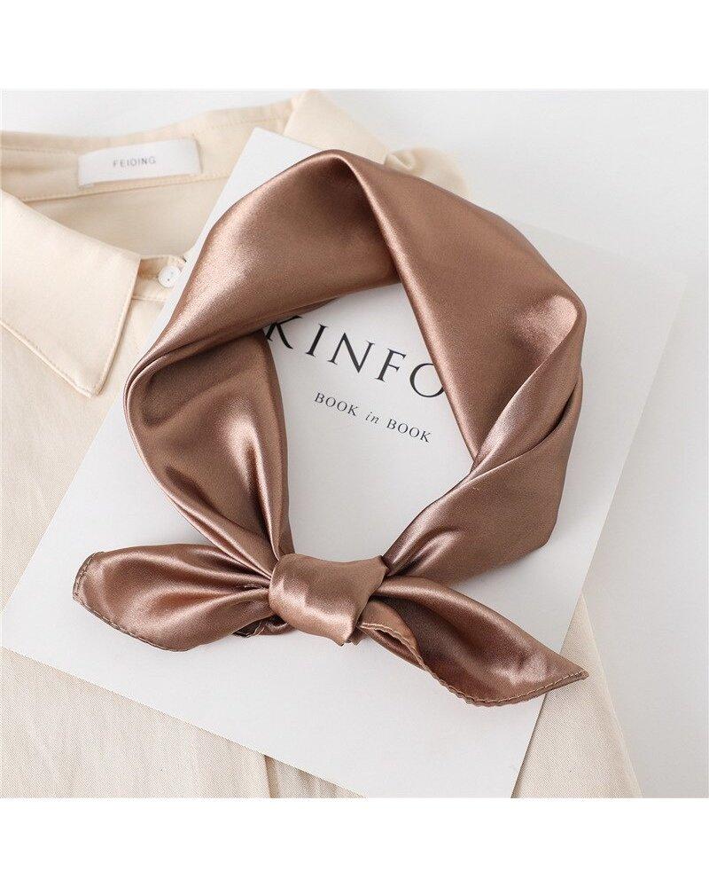 Fashion Favorite Satijnen Bandana / Zakdoek Brons   Polyester - Satijnlook    60 x 60 cm