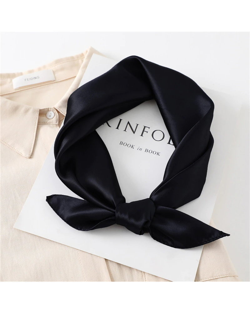 Fashion Favorite Satijnen Bandana / Zakdoek Zwart | Satijn | 60 x 60 cm