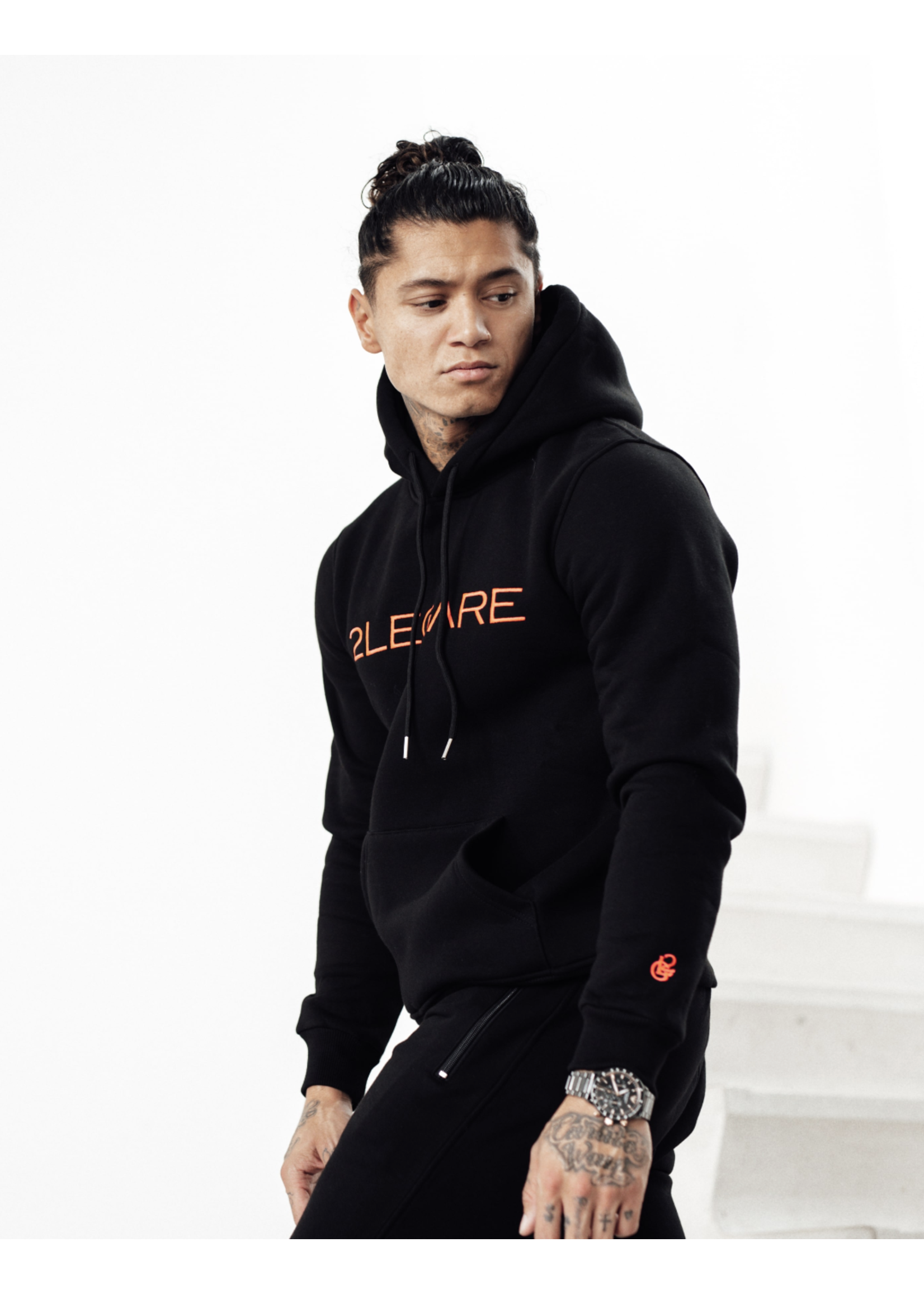 2Legare 2LEGARE Logo Embroidery Hoodie - Black/Neon Pink