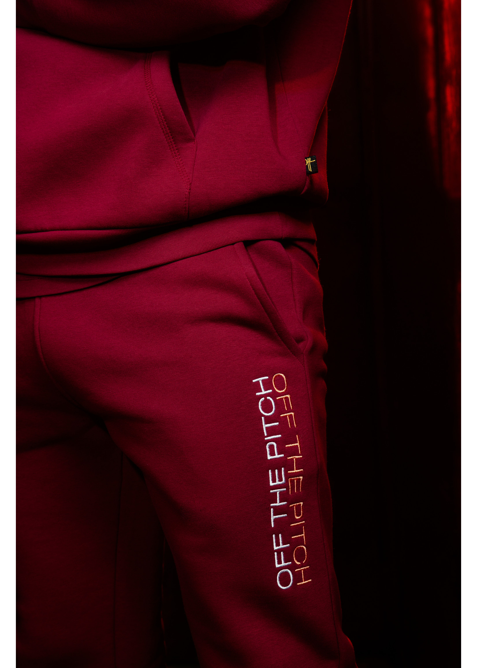 OFF THE PITCH Off The Pitch The Soul Suit - Dark Red
