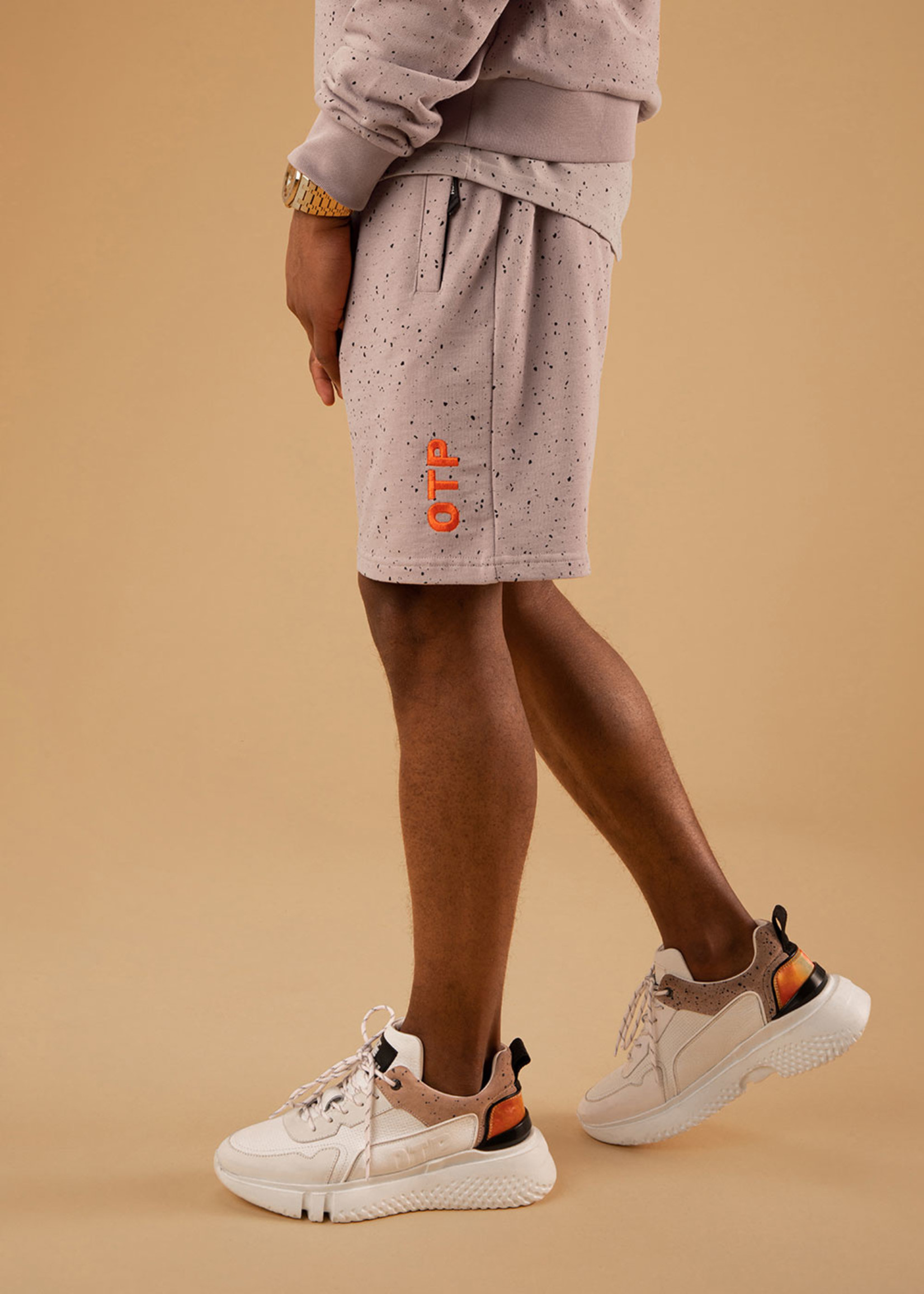 OFF THE PITCH The Cosmic Short - Taupe