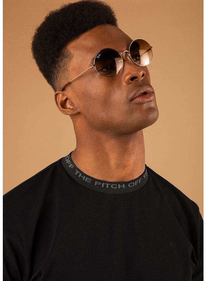 OFF THE PITCH The Solar Slim Fit Tee - Black