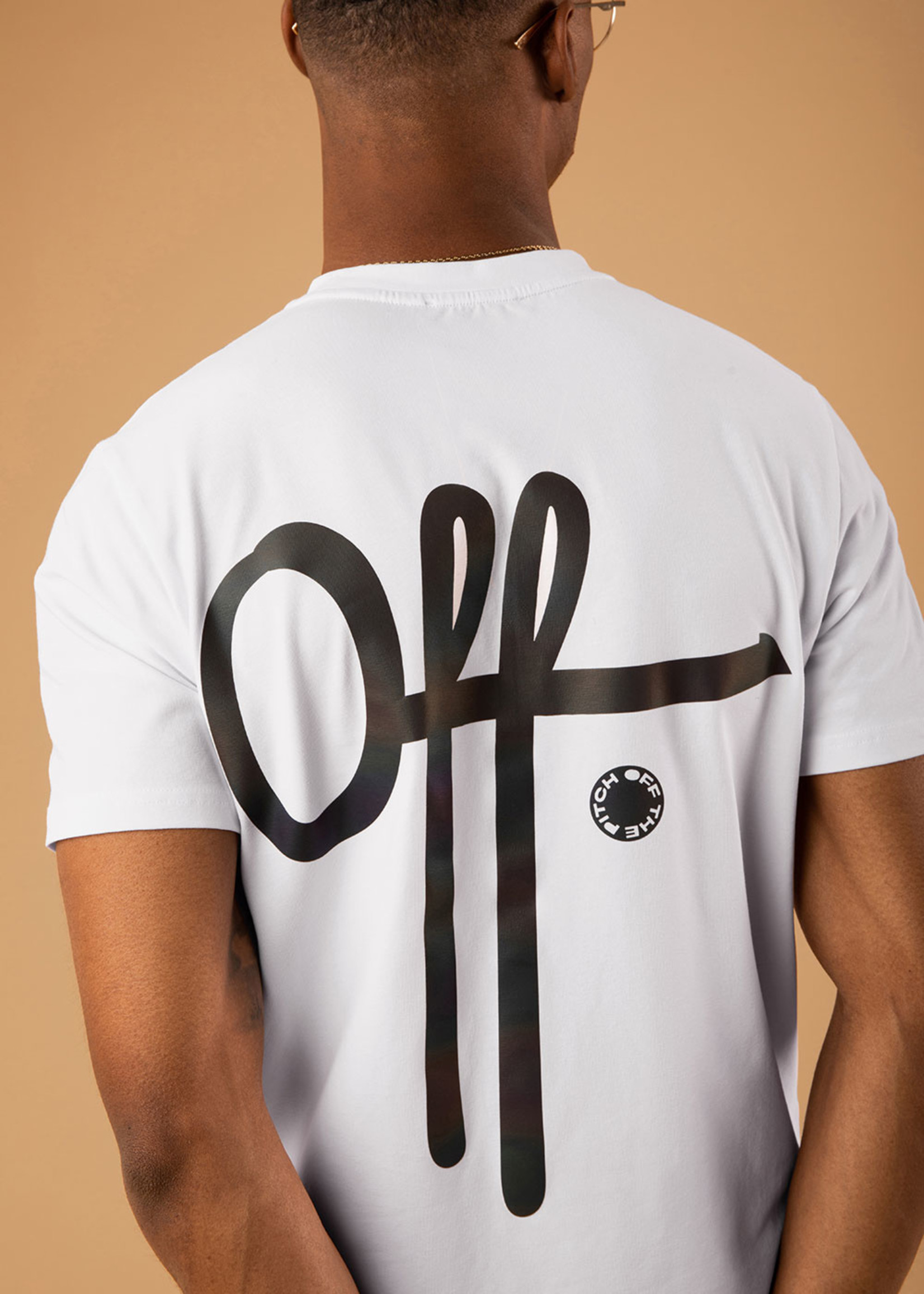 OFF THE PITCH The Illuminated 2.0 Slim Fit - White