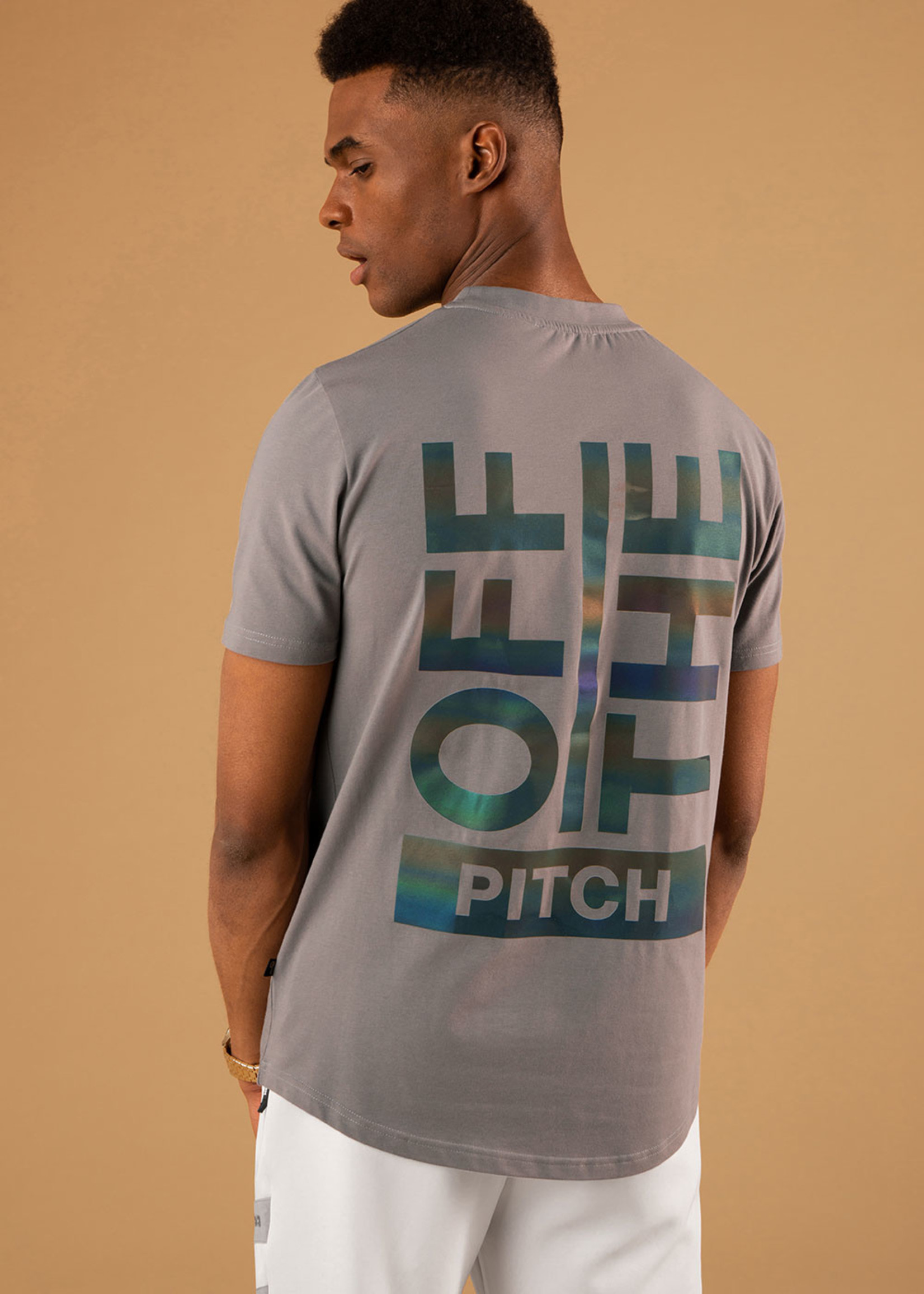 OFF THE PITCH OFF THE PITCH The Saturn Tee - Grey